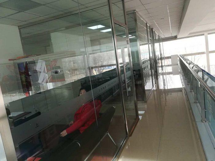 案例 玻璃隔断