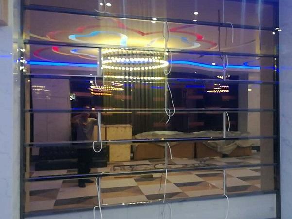 KTV装修用哪种玻璃